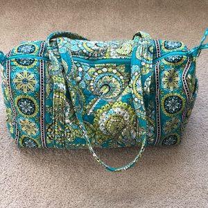 EUC - Vera Bradley Duffle Bag in Peacock